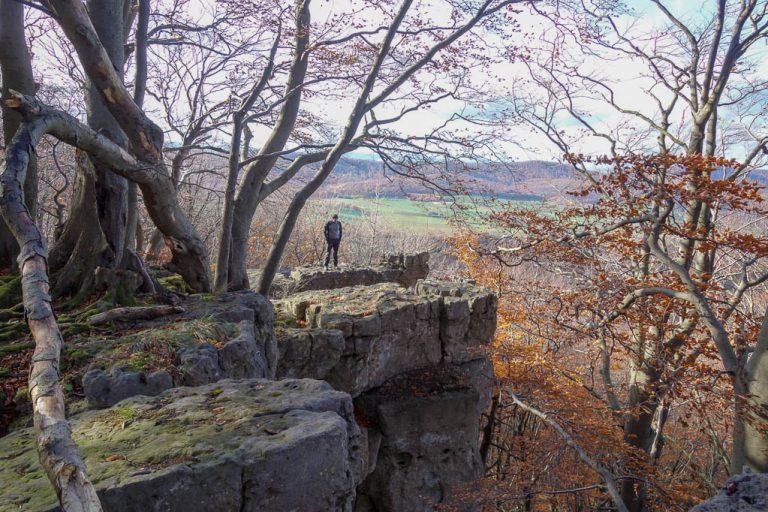 Auf den Felsen des Kantsteins